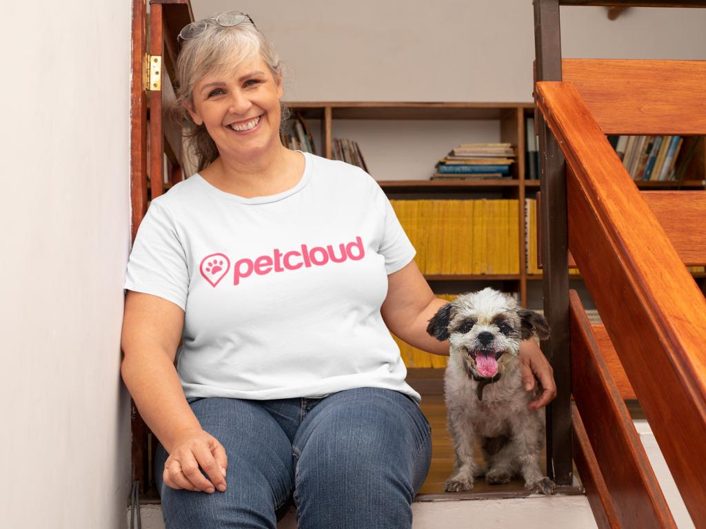 Pet Jobs with PetCloud you can get Pet Sitter Jobs