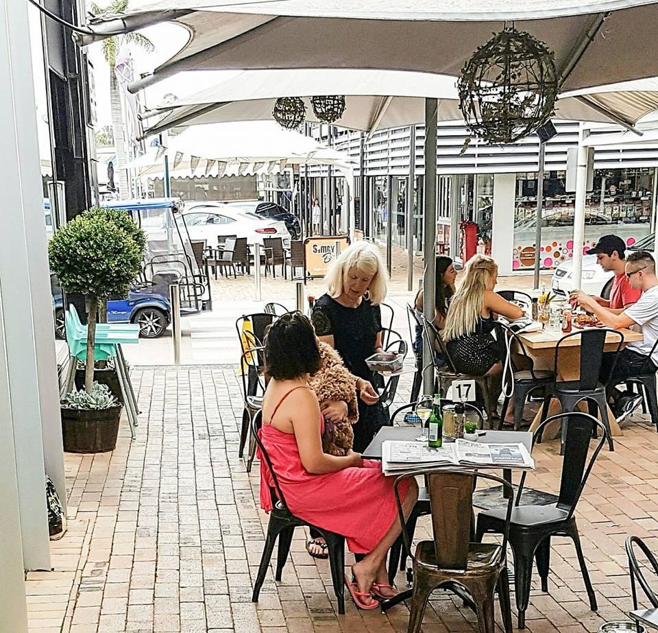 Quay Street Cafe & Bar