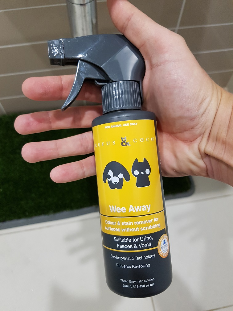 Odour Reducing Enzyme Sprays suitable for Synthetic Grass