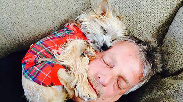 Dads who said no to dogs